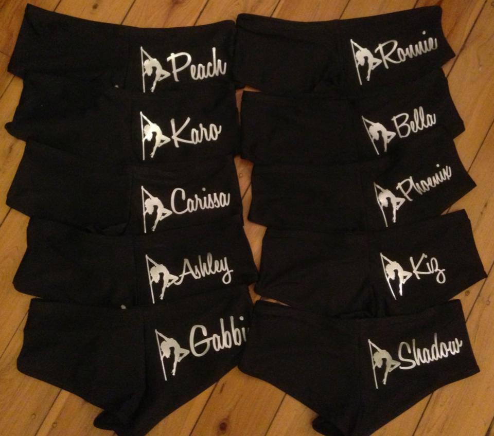 007 Heaven metallic shorts